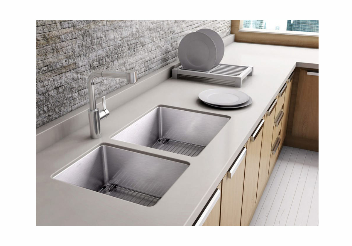 Two sinks undermount